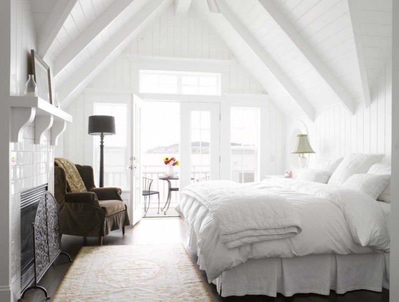 Long bedroom (21)