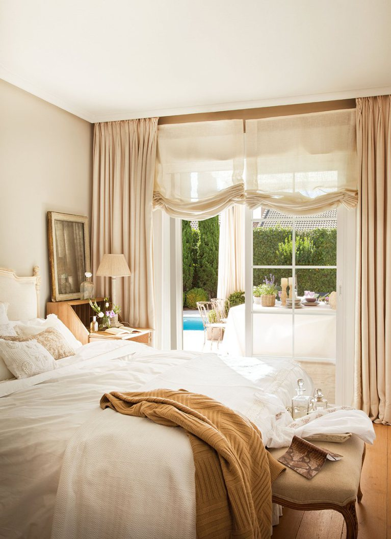 Long bedroom (25)