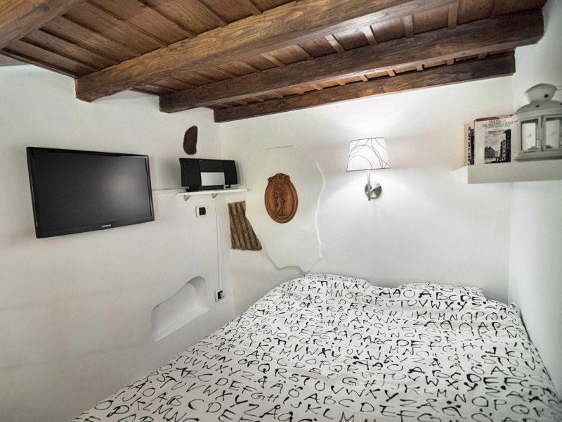 Long bedroom (28)