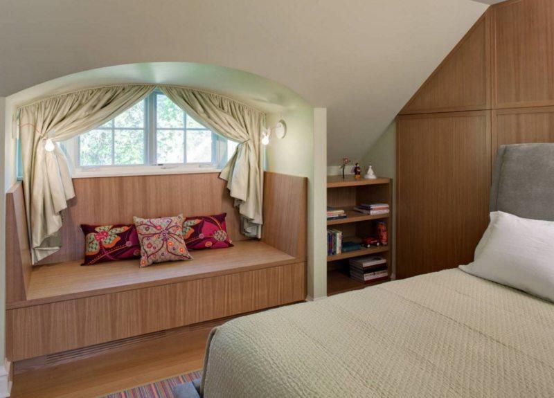 Long bedroom (38)