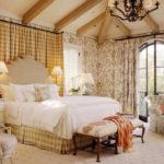 Long bedroom (4)