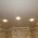 Натяжные потолки в прихожей (2)