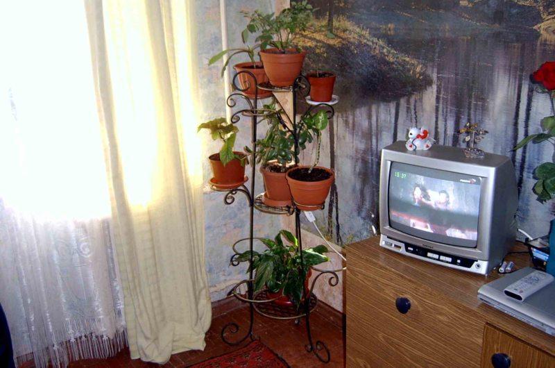 Подставка для цветов (35)