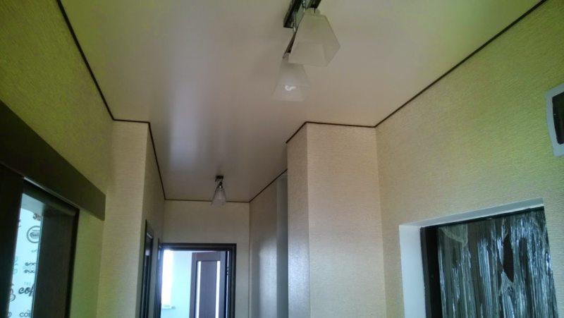 Потолок в прихожей (75)