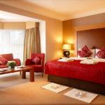 Red bedroom 7 (19)