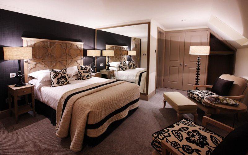 Sconce bedroom (16)