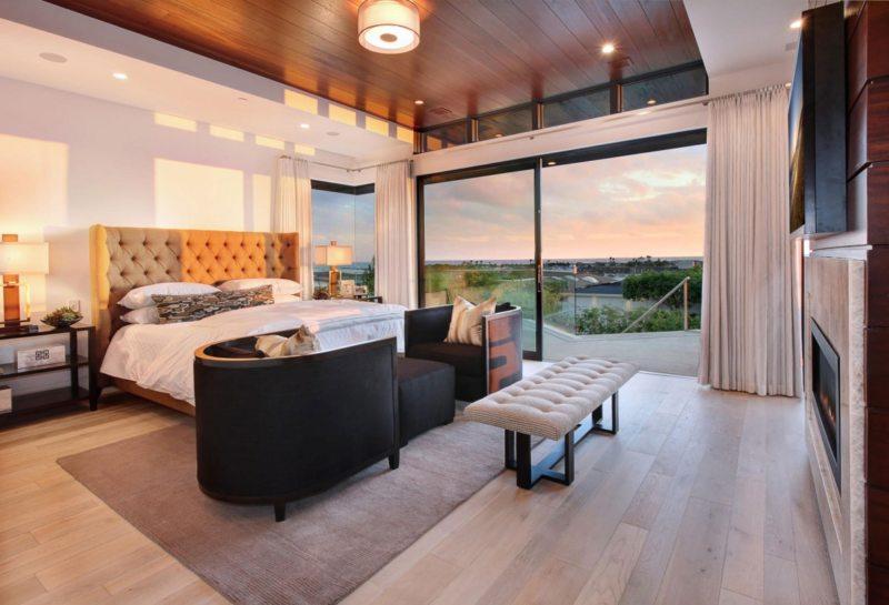 Спальня с двумя окнами (14)