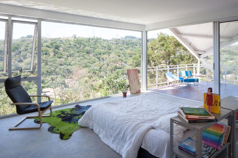Спальня с двумя окнами (15)