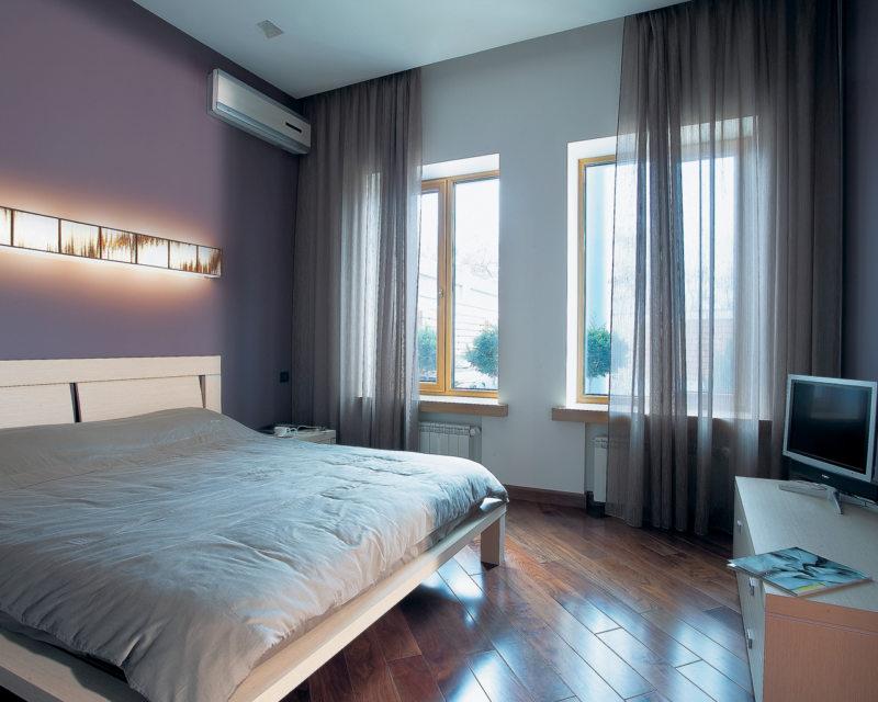 Спальня с двумя окнами (28)