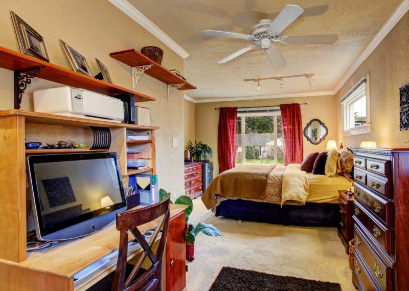 Спальня в однокомнатной квартире (15)
