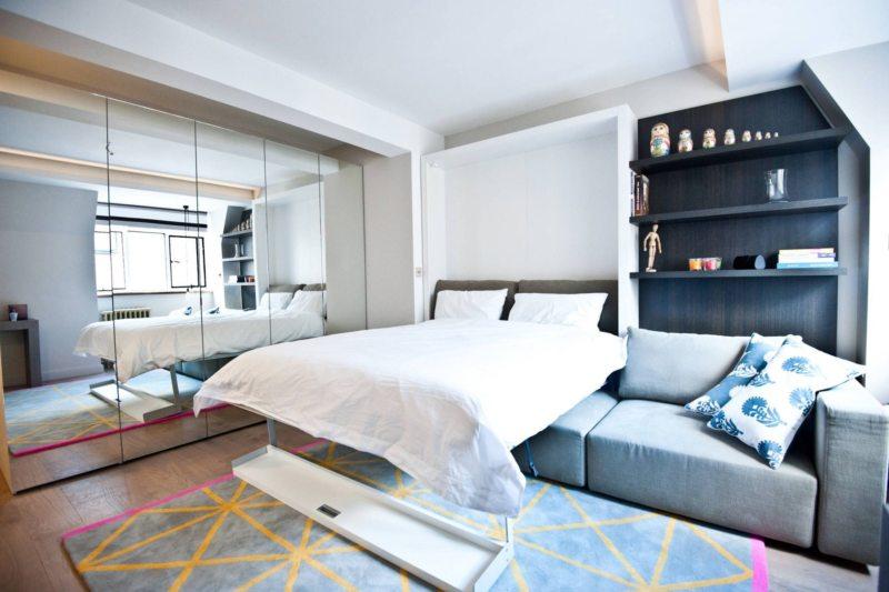 Спальня в однокомнатной квартире (17)