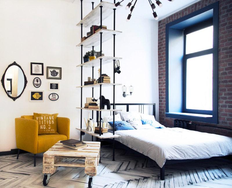 Спальня в однокомнатной квартире (37)