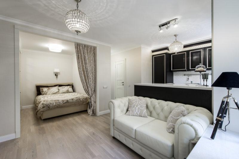 Спальня в однокомнатной квартире (38)