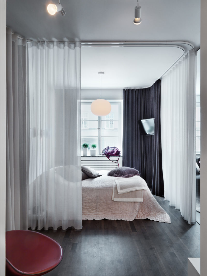 Спальня в однокомнатной квартире (54)