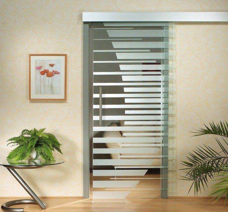 Стеклянные двери в интерьере (55)