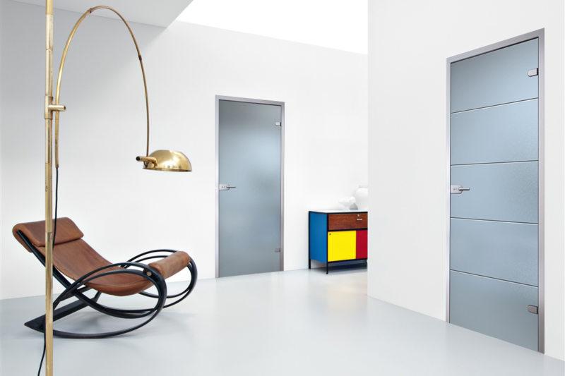 Стеклянные двери в интерьере (60)