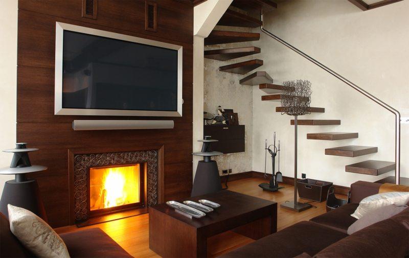 Телевизор в гостиной (1)