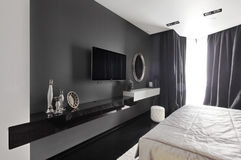 Телевизор в гостиной (14)
