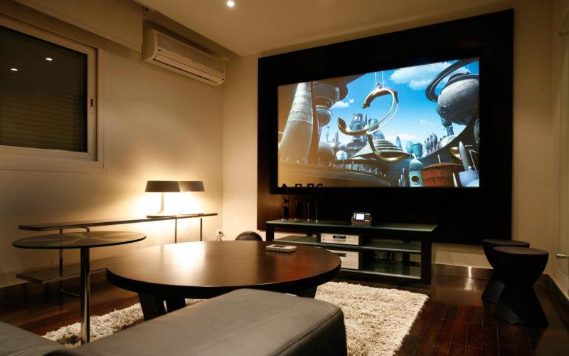 Телевизор в гостиной (23)