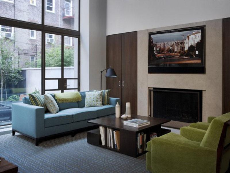 Телевизор в гостиной (26)