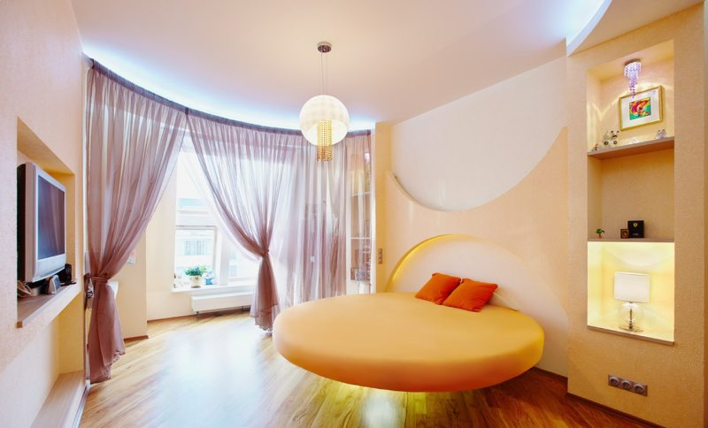 The round bed in the bedroom (20)