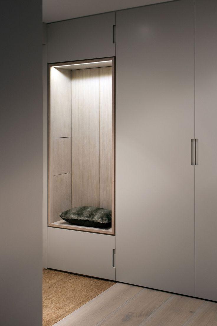 Встроенный шкаф в прихожую (19)