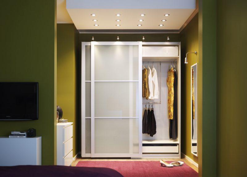 Встроенный шкаф в прихожую (2)