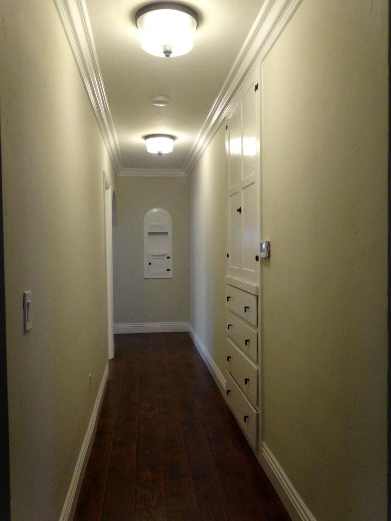 Встроенный шкаф в прихожую (20)