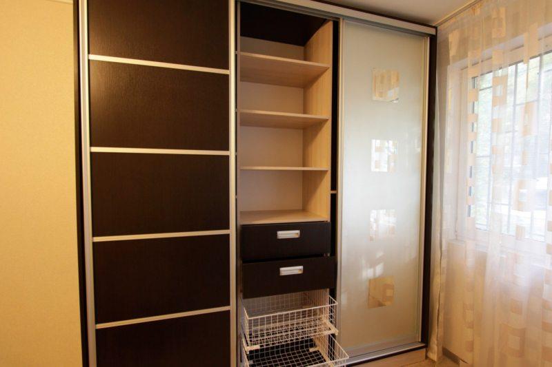 Встроенный шкаф в прихожую (47)