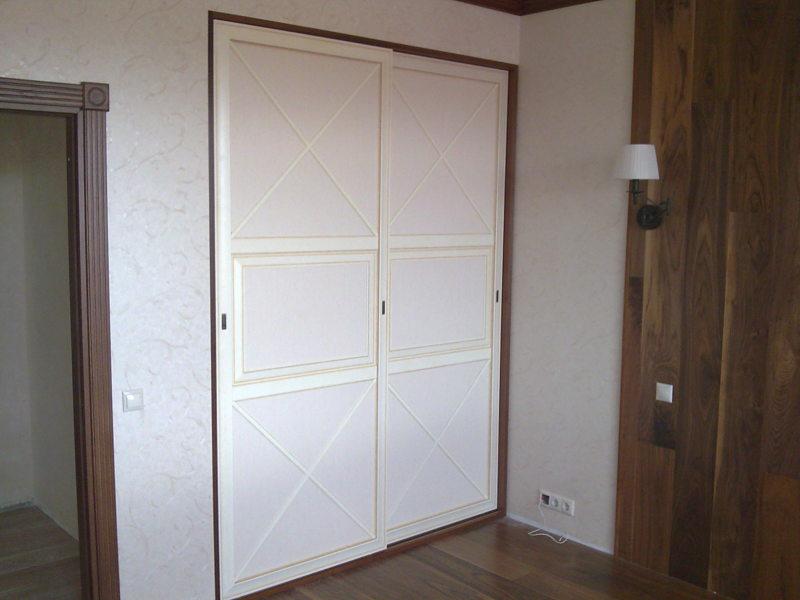 Встроенный шкаф в прихожую (50)