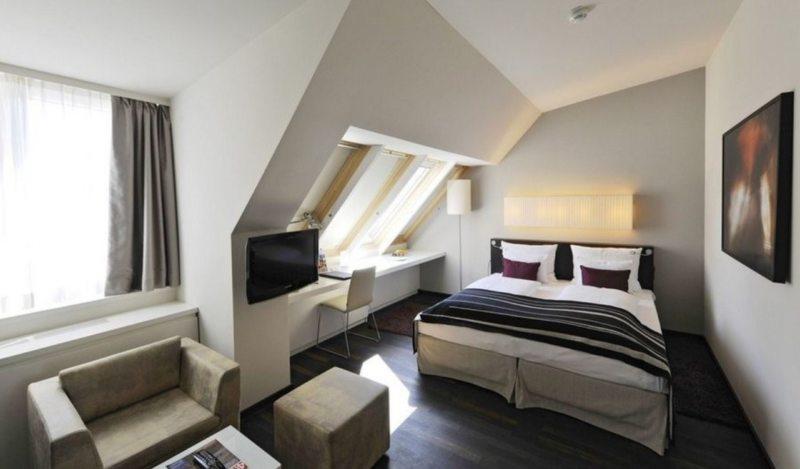 гостинная совмещенная со спальней (24)
