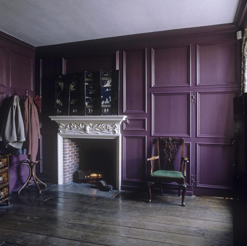 purple-color-in-interyer-11