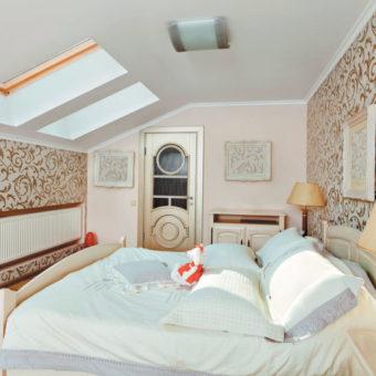 спальня на мансарде (57)
