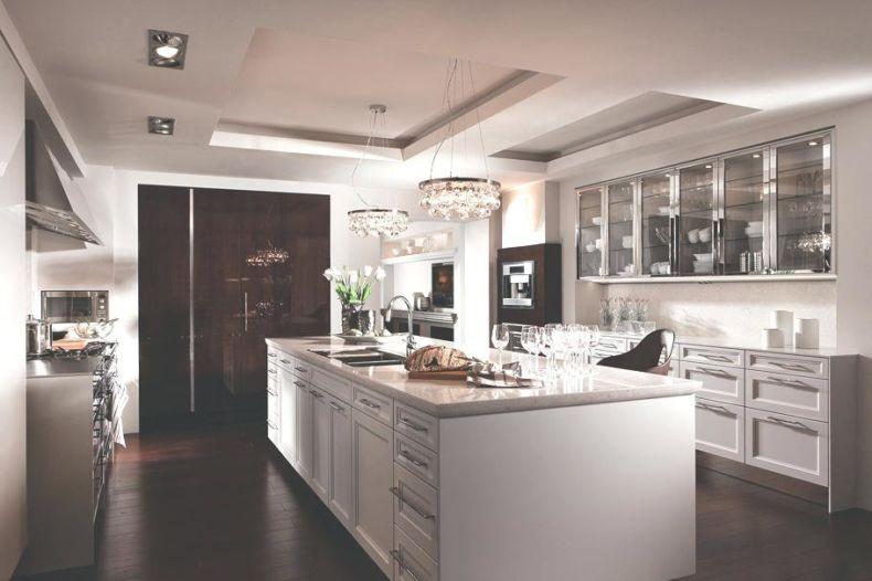 Дизайн кухни 2018 года (40)