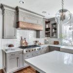 Дизайн кухни 2018 года (55)