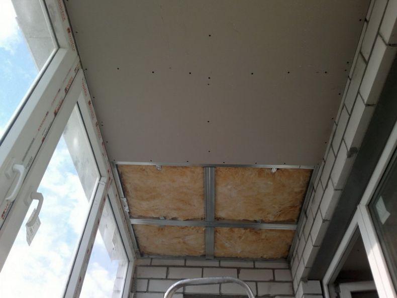 Как-отделать-балкон-внутри-своими-руками-гипсокартоном