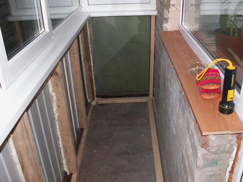 как утеплить деревянный балкон своими руками