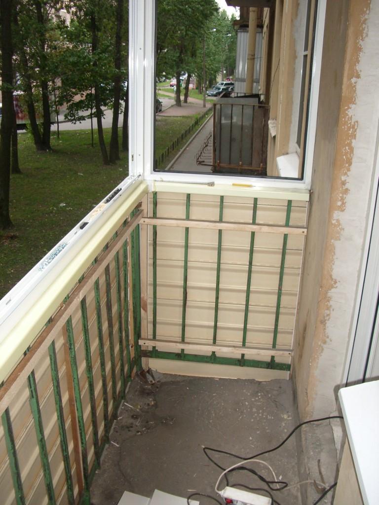 otdelka-balkona-v-hrushevke11