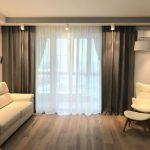льняные шторы в гостиной фото