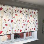 римские шторы кухня фото как выбрать