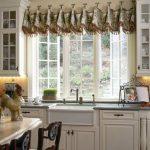 шторы на кухню короткие как выбрать