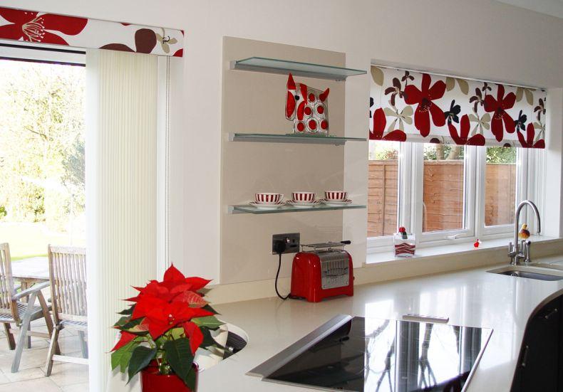 рулонные шторы на кухню