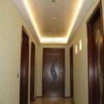 длинный узкий коридор обои
