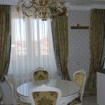 классические шторы фото на кухне