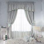 белые шторы в готсиную фото